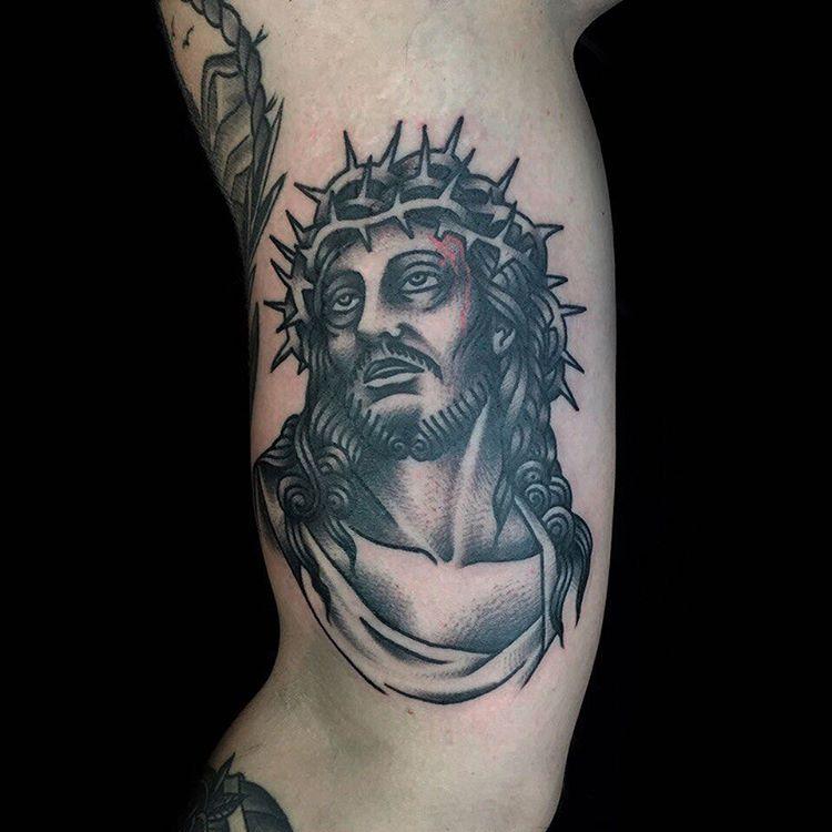 тату иисус на руке картинки вкус